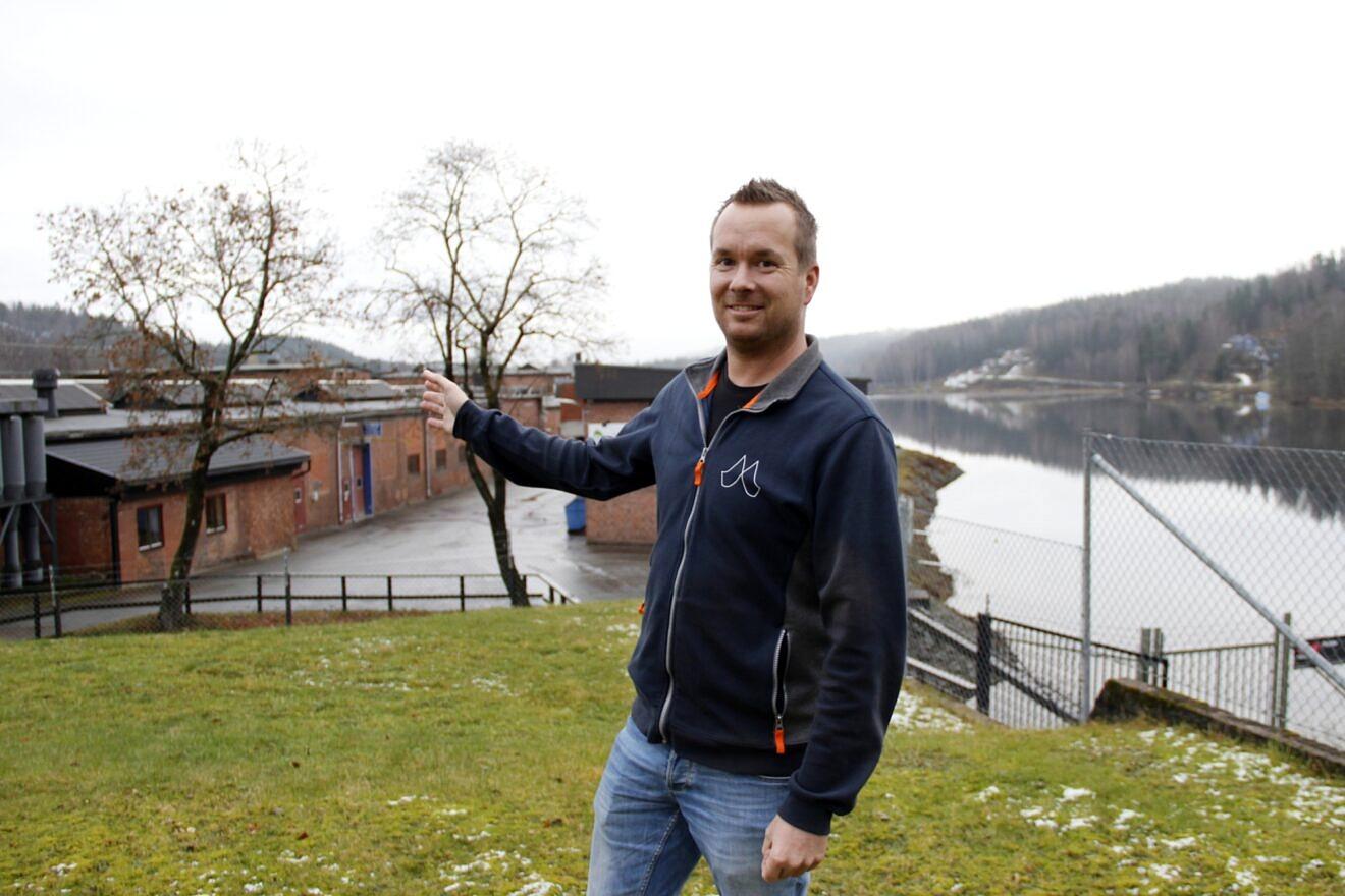 Pär Hannes Blixt, 31 år i Dals Långed på Fabriksvägen 1 - telefon, ålder och födelsedag